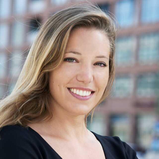 Anastasia Hofman