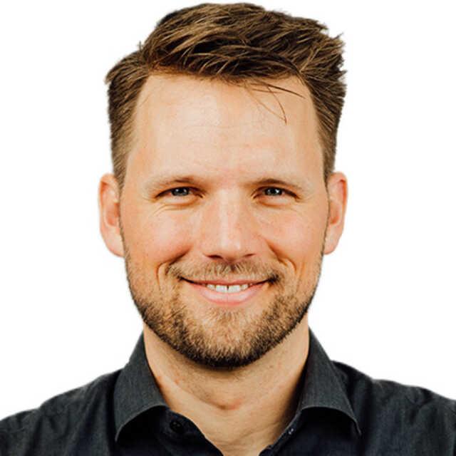 Dr. Tillmann Lang